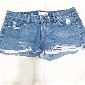 DL1961 distress jean shorts size 26